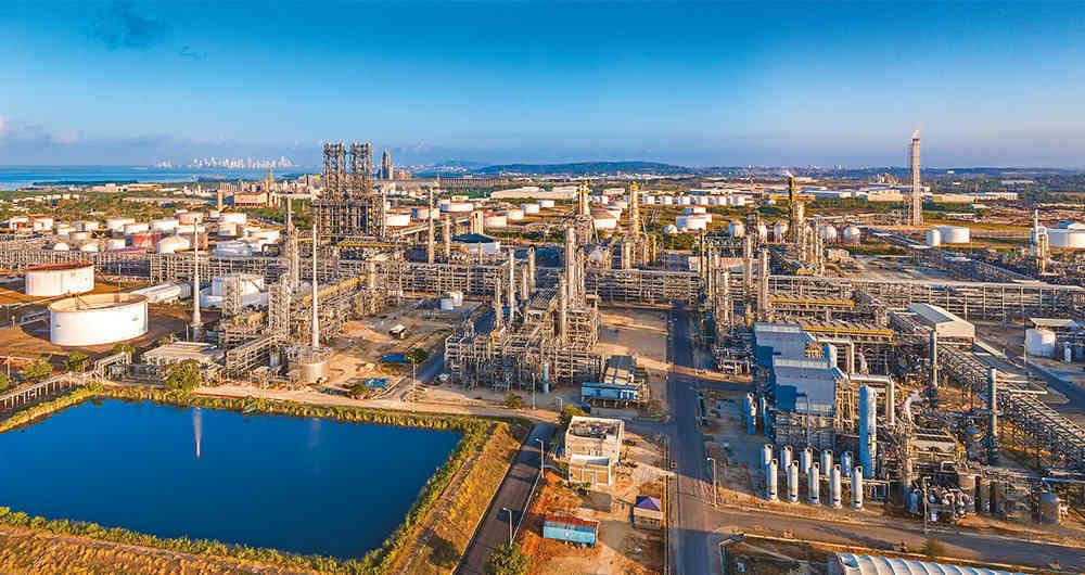 Primer Encuentro del Clúster Petroquímico-plástico de Cartagena y Bolívar